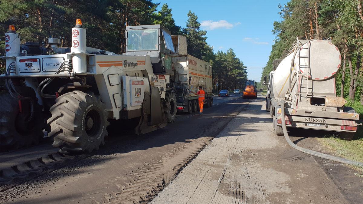 Процесс строительства дороги с применением Цемдор